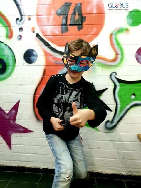 Masken handmade mit GLOBUS